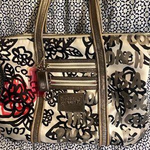 Coach Poppy White Multifloral Graffiti bag